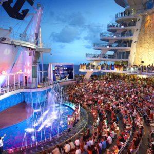 Акватеатр в Harmony of the Seas