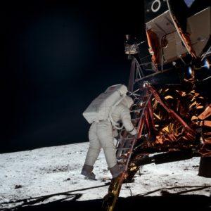 Выход Элдрина на Луну