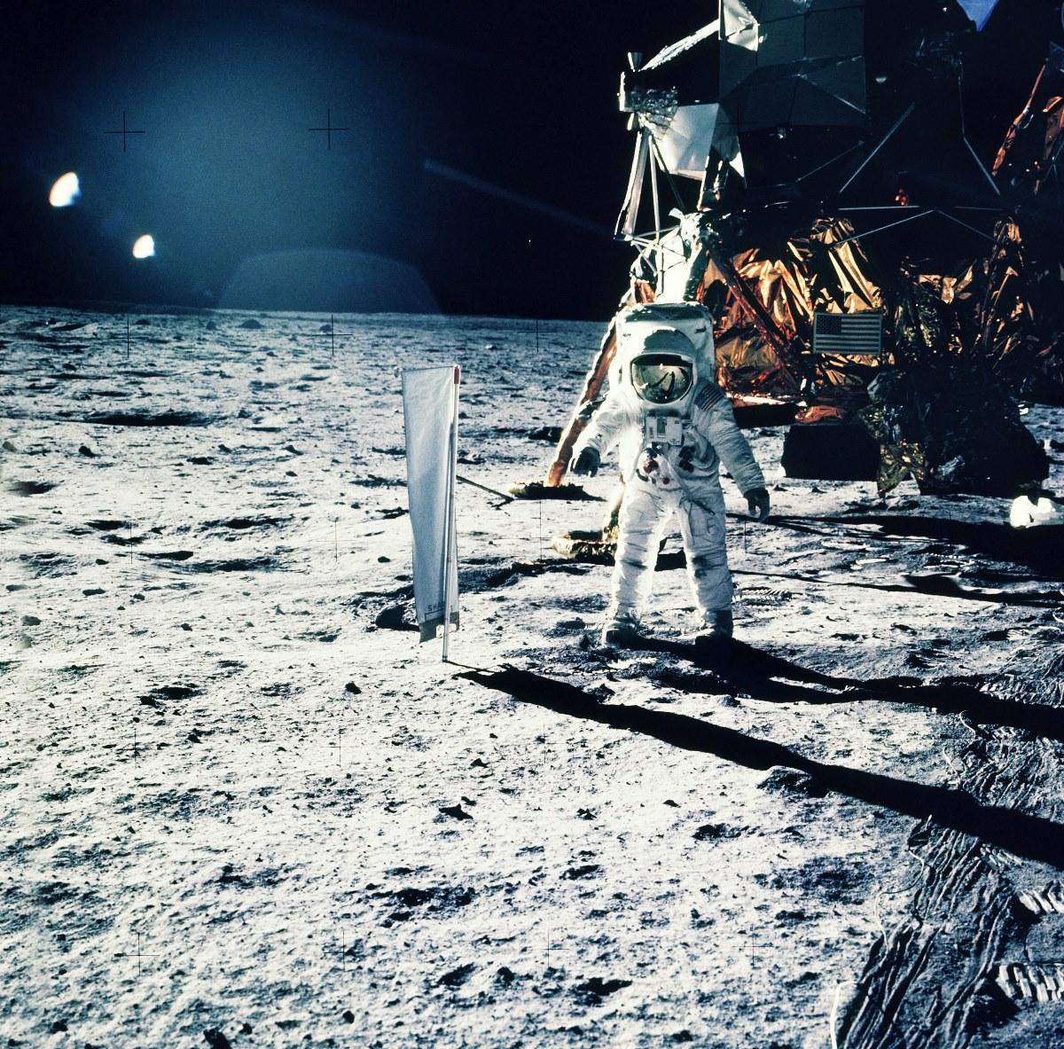 Самые интересные факты об Аполлоне 11